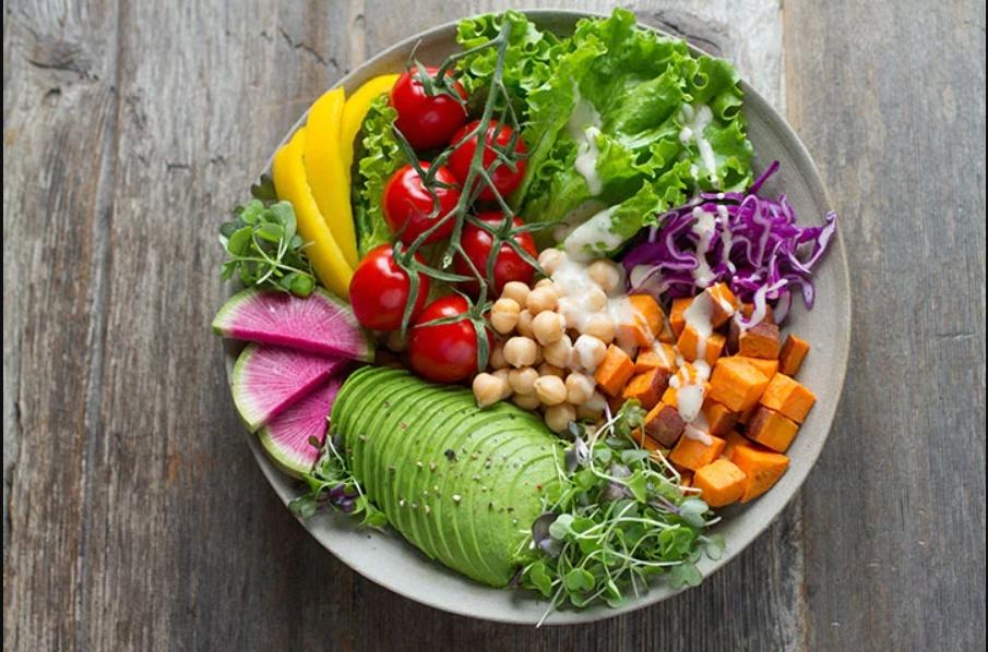 อาหารเพื่อสุขภาพ ส่งผลต่อสิ่งแวดล้อมน้อยกว่าเนื้อแดงและเนื้อแปรรูป