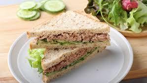เมนูเพื่อสุขภาพ แซนด์วิชทูน่าและไข่ต้ม